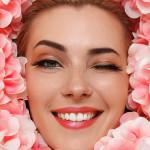 Фотосессия девушки в искуственных цветах из латекса красота по американски в стиле фотограф Москва