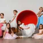 Москва Групповой детский портрет в студии