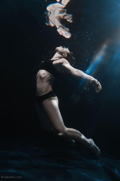 Подводная фотосессия в аквастудии в Москве